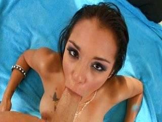 Порно ролик первие жопу