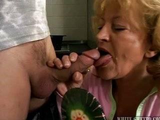 Минет бабушка и внук