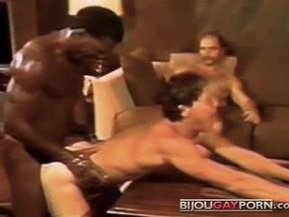 Видео гей бисексуал порно ролики русские смотреть