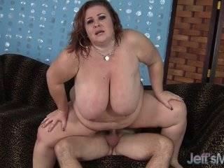 Бесплатное порно зрелых толстых дам