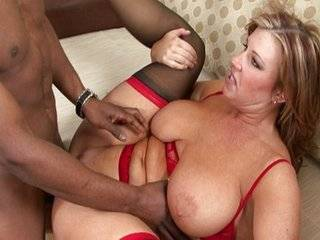 Порно полненькие с неграми
