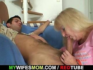 Полюбившаяся парочка мама и сыну жопу