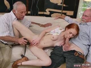 Анальное порно онлаин