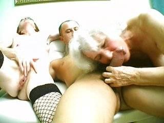 Порно русские бабушки в групповухе