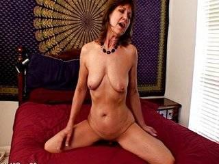 Порно маме в анал бесплатное