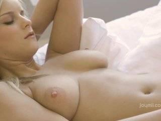 Учиться доводить русских телок до оргазма