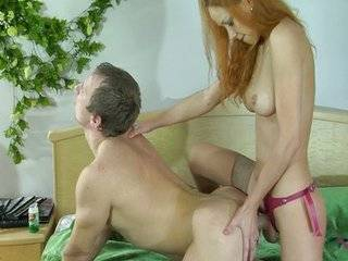 Русский страпон секс онлайн