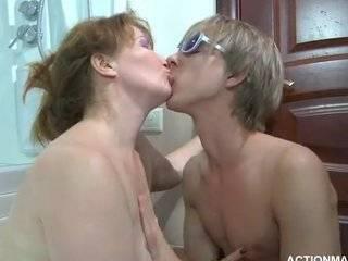 Анальные секс старухи
