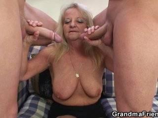 Порно в hd парень и бабушки в групповухе