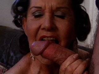 Порно бабушки анал