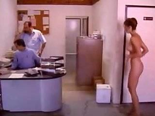 Смотреть порно лесбиянки в офисе