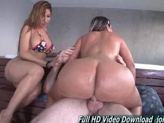 Порно ролики с огромными жопами