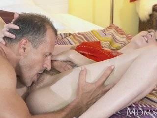 Порно молодые с волосатыми пиздами которым кончают внутрь