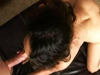 Видео порно толстым кончают в рот