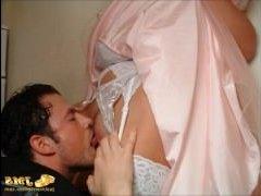 порно куни смотреть получают оргазм в свадебном платье вход все глубже