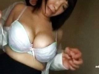 Порно домогательство японки в транспорте